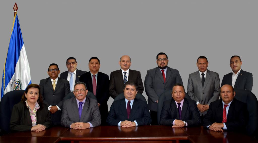 Miembros que conforman la CVPCPA
